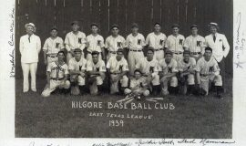 1939 Kilgore Boomers. Walt Brown is second from right in back row