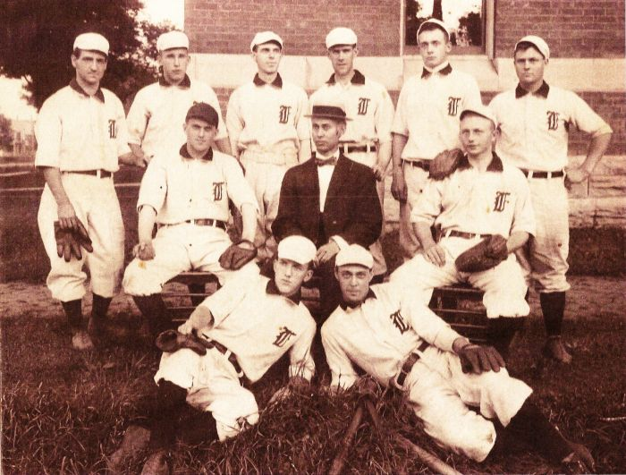 The team that Hugh Bedient was pitching for when he struck out 42 batters.