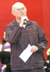 Former Southwestern wrestling coach Walt Thurnau amassed 297 victories in a career that spanned more than 30 years.