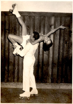 Joel Wilcox and Kathy Kroto demonstrate.