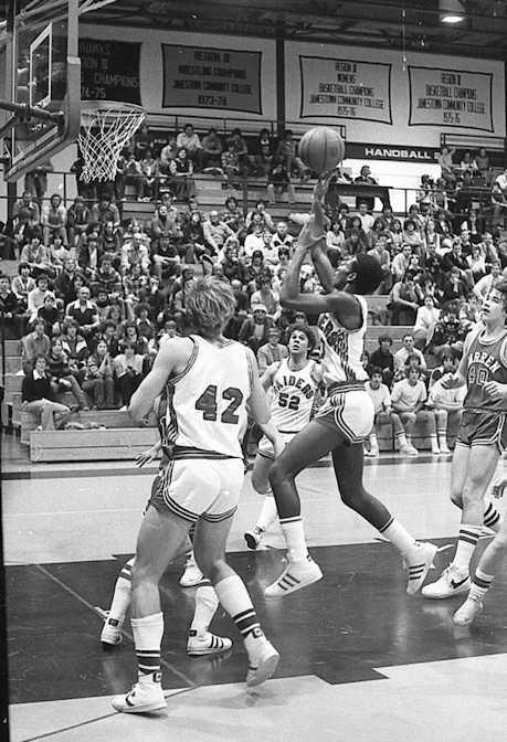 Tyrone Beaman puts up a shot.